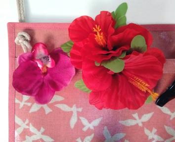 Wandutensilo Detail Blüten