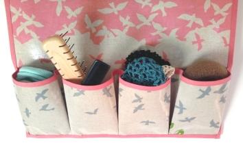 Wandutensilo Detail Taschen