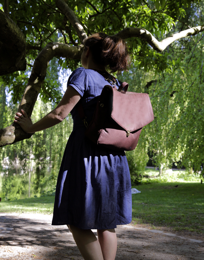 Vintage Schoolbag Leonabel Totale Zwölfte koje links